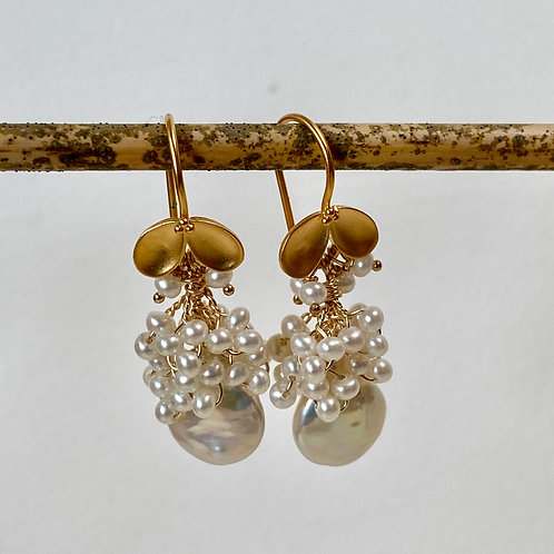 Colleen Pearl Earrings