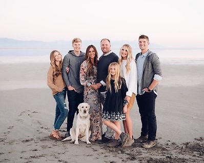 Linsey_family.jpg