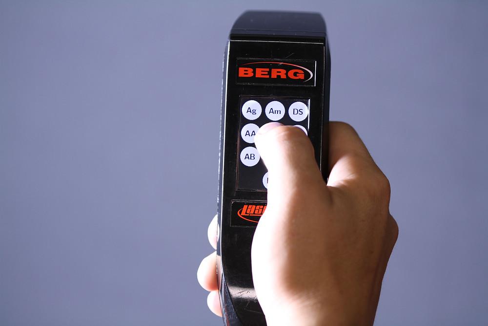 5432b0290282e4a60a0368f6_laser-touch-gun-close-up.jpg