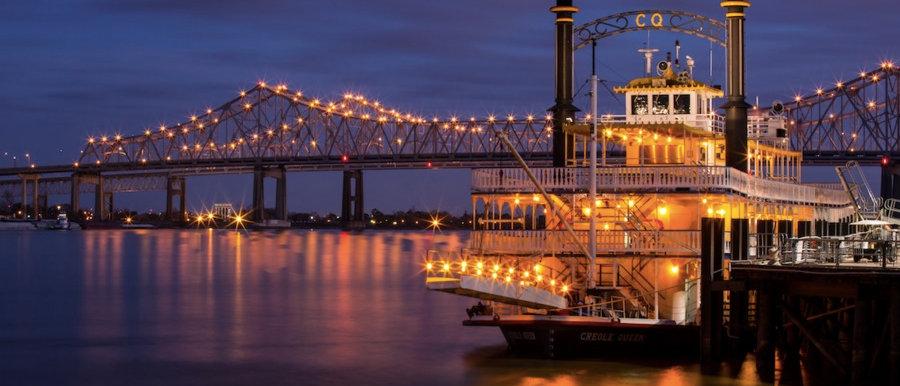 Luxury Dinner Cruise On The Paddlewheel