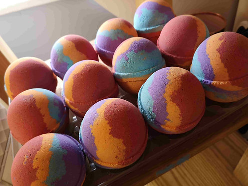 Disco Bath Bomb with hidden flashing colour changing light