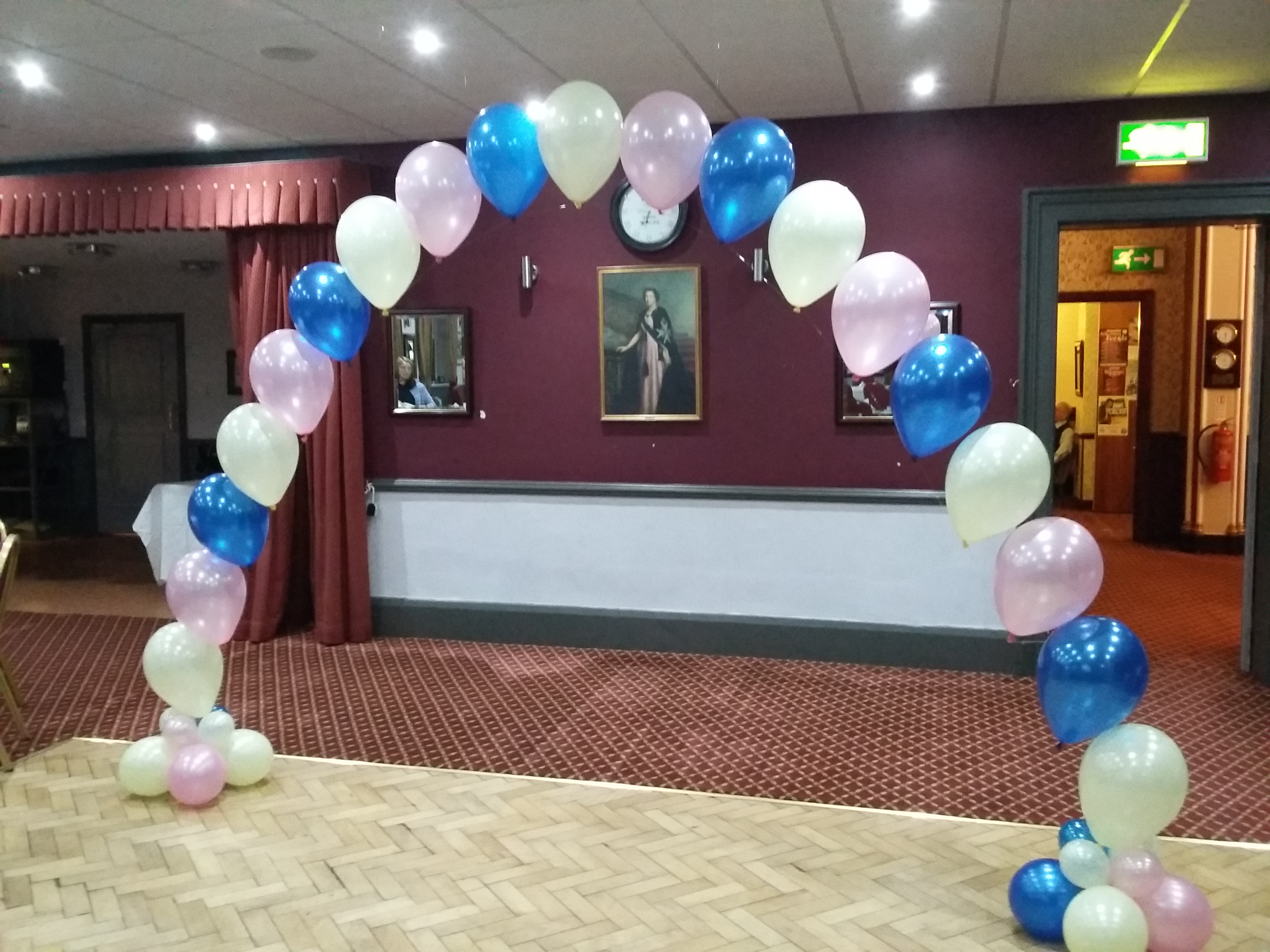pink blue and ivory pearl balloon arch