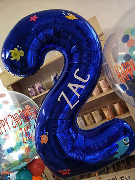 fish themed personalised number balloon