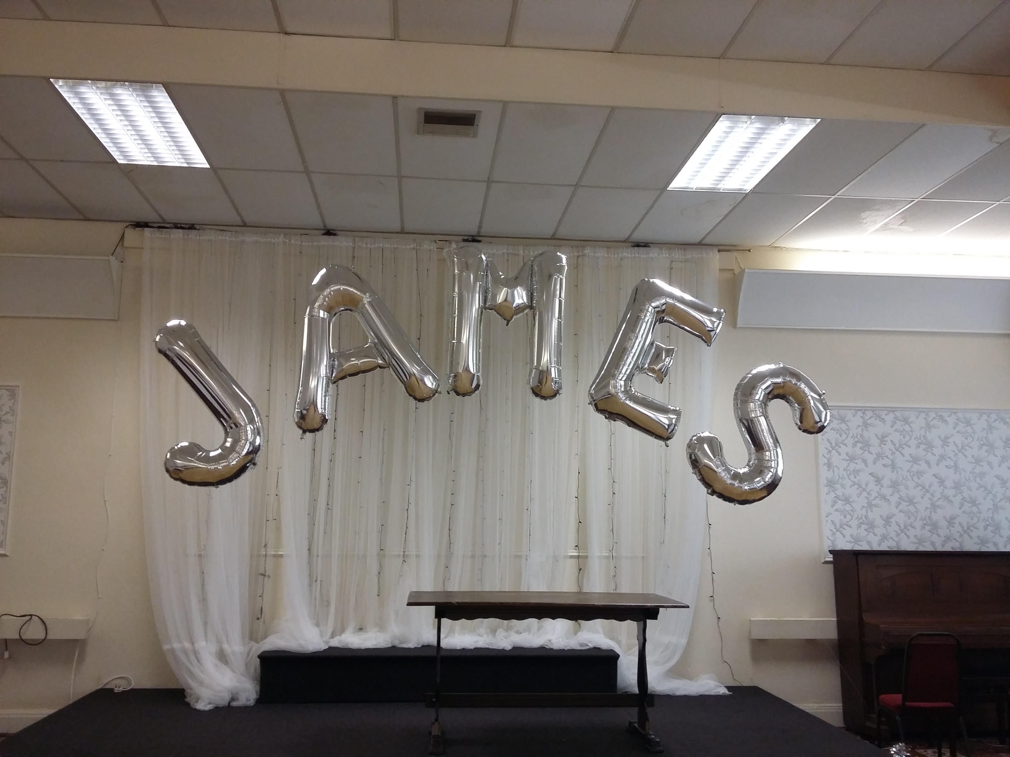 silver name balloon arch dukinfield