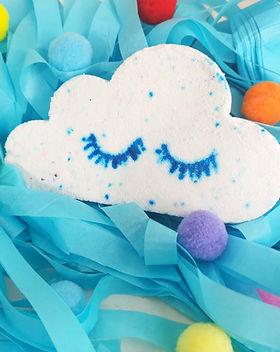 cloud bath bomb ballooniversal mossley_e