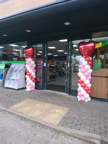 valentines balloon columns promotional b