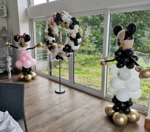 mickey and minnie balloon sculpture chro