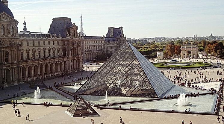 pyramid-495398_960_720.jpg