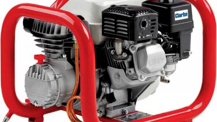 Petrol Air Compressor with hoses
