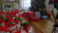 Distribution de cadeaux.jpg