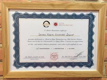 Certificado Formação no Método de Yoga Restaurativa