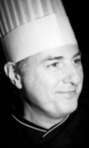 Guy Perault artisan chocolatier specialiste des orangettes