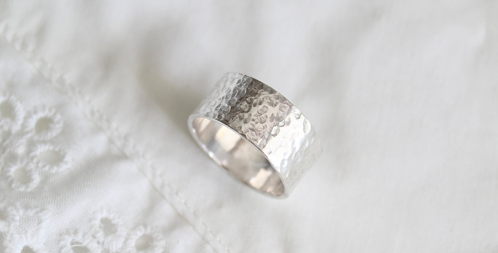 Hammered Band || Silver