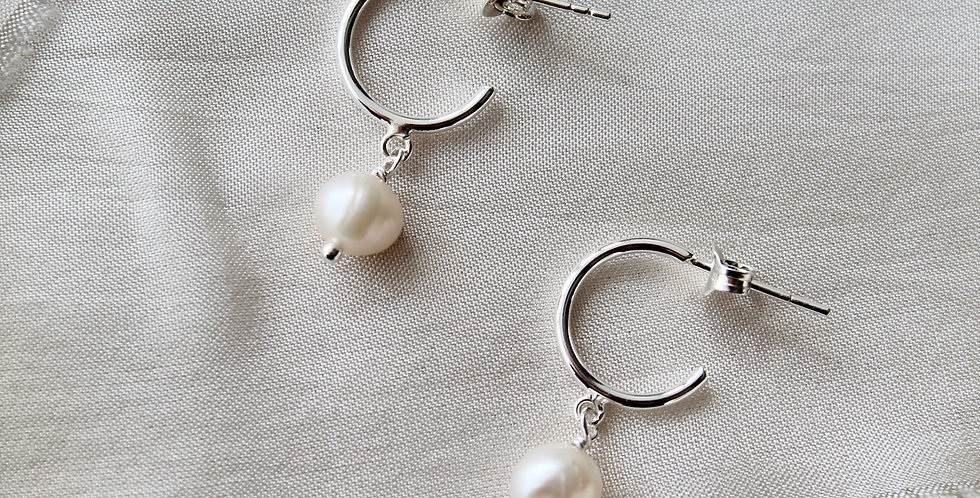 The Pearl Drop || Sterling Silver