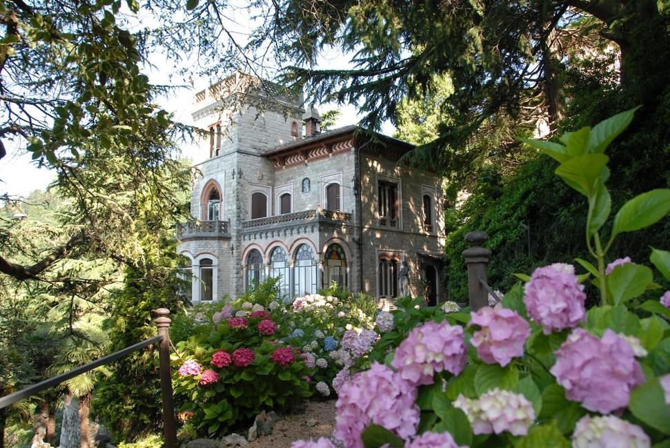 Villa Pax.jpg