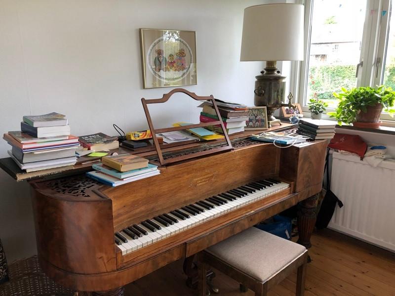 ホームステイのピアノ