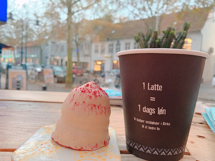 街中カフェ