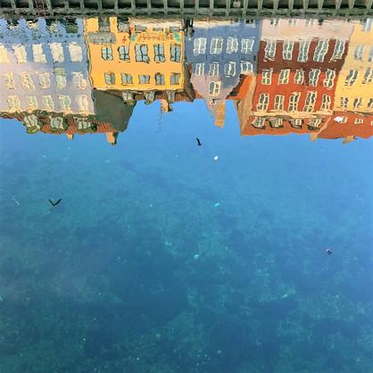 水に映ったニューハウン