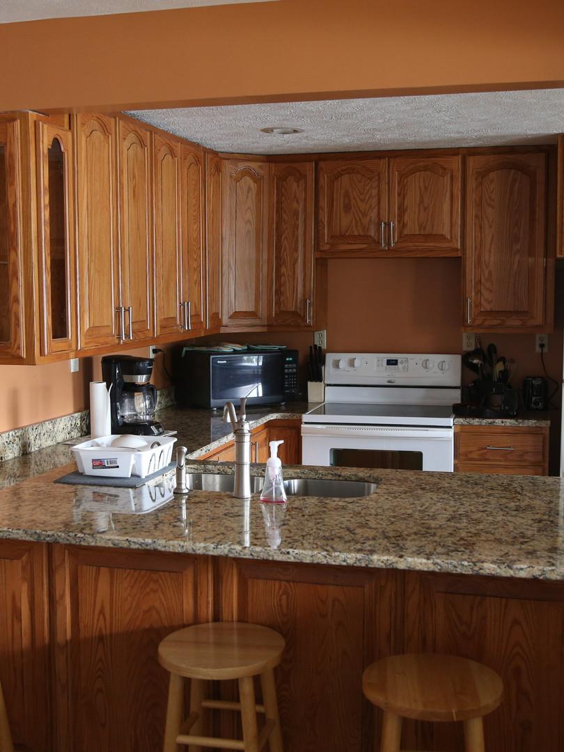 Lakeview Kitchen.jpg