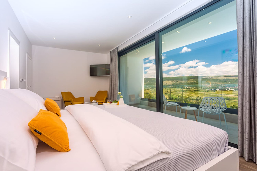 Bedroom with perfect view