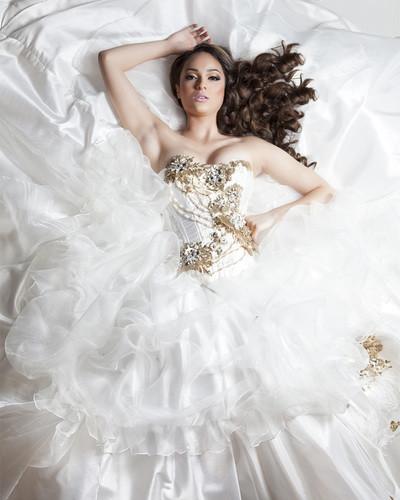 Las Vegs Bridal   white dress