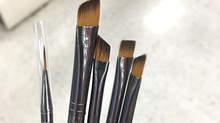 How to buy makeup brushes?