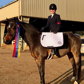 Lindsey and Orlando win the 2018 SWVHJA Adult Equitation on the Flat Championship