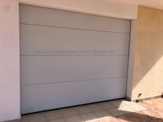 Ryterna Slick Sectional Garage Door