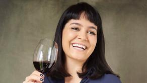 Sommelière Ana Clara Carvalho indica vinhos e espumantes para celebrar o mês da Mulher