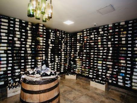 Vinalla Vinhos inaugura nova loja no Gilberto Salomão