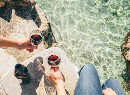 Vinhos para a Primavera: dicas de rótulos para beber na temporada das flores