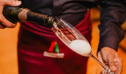 Brasília recebe Amsterdam Wine Bar & Beer Garden