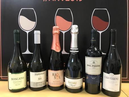Oitava caixa de vinhos reúne rótulos de três estados