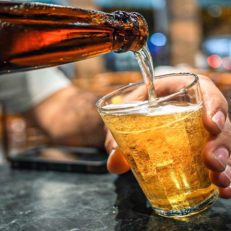 Reajuste nos preços da cerveja gera apreensão em bares e restaurantes