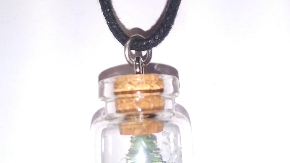 Christmas tree shaker necklace