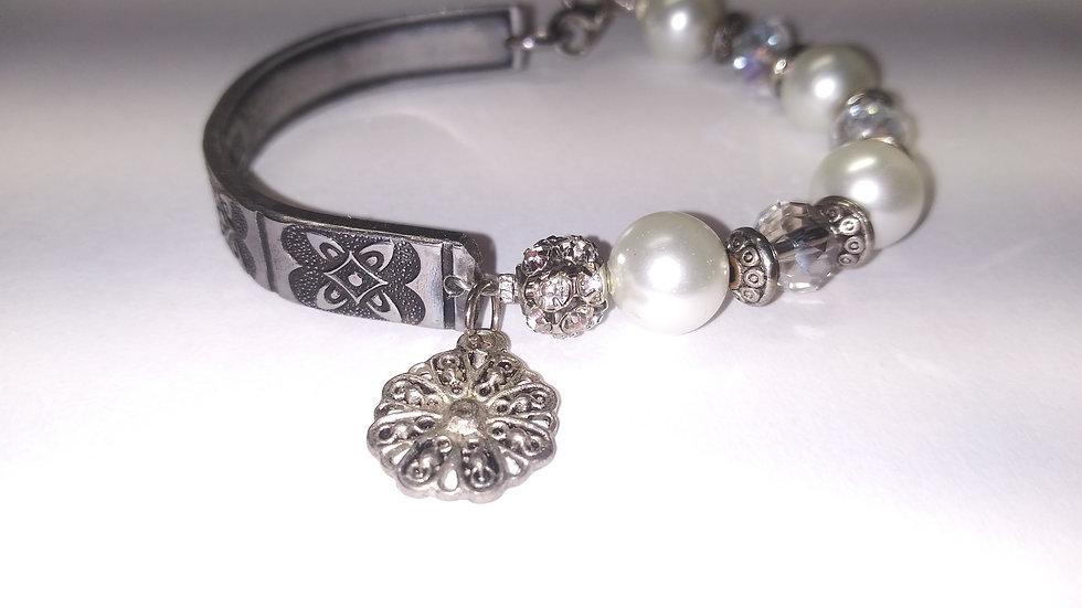 Pearl spoon bracelet