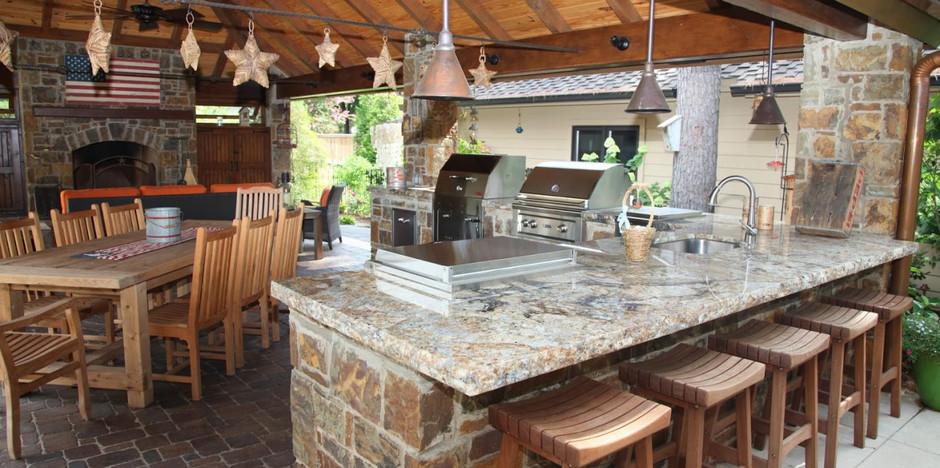 Outdoor Bar Granite Countertop