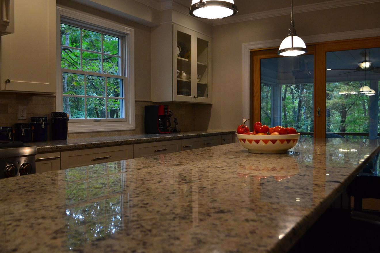 granite-2793639_1920.jpg
