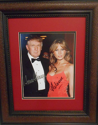 President Donald Trump and Melania autograhed photo