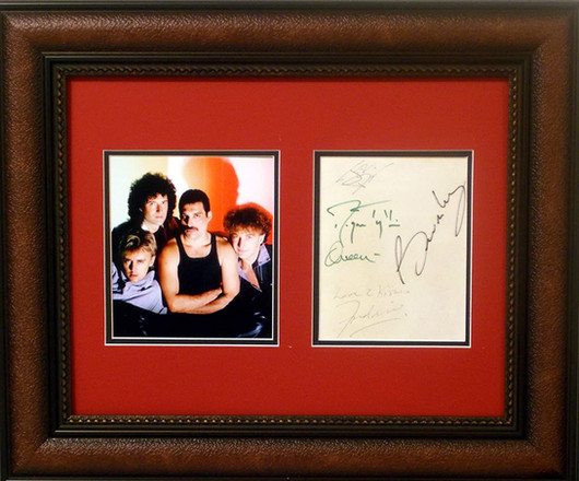 Queen with freddie autograph
