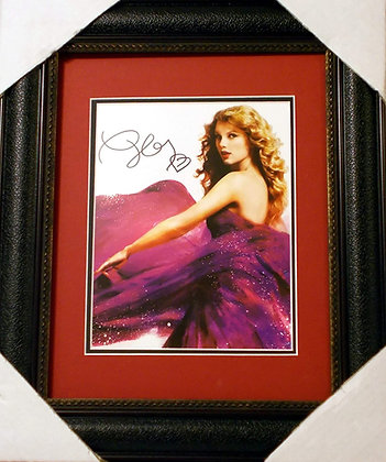 Taylor Swift autographed photo