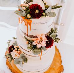 Svatební dort - naháč s živými květy