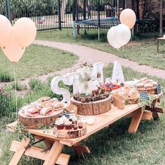 Letní svatební sweetbar s ovocem