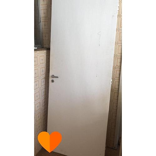 Porta de madeira 80x210 cm (Disponibilidade: 1 Peça)