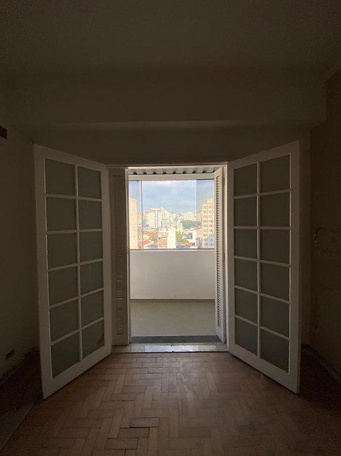 Porta balcão de madeira (Disponibilidade: 2 Peça)
