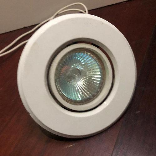 Luminária SPOT MÉDIO de embutir - redonda com lâmpada (Disponibilidade: 1 Peça)