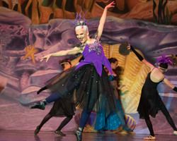 """Advanced Inspire School of Ballet dancer performing as Ursula during ISB's """"The Little Mermaid"""" show"""