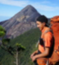 Our pro guides in te volcano are hre to help yo along your volcano trek