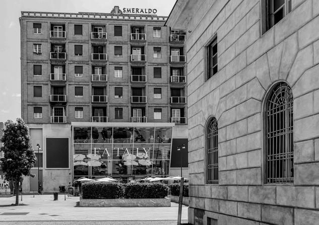 Porta Garibaldi4BN.jpg