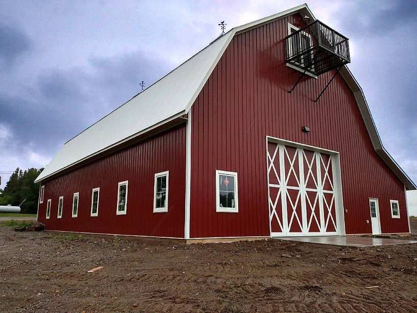 Classic Style Barn Background Image